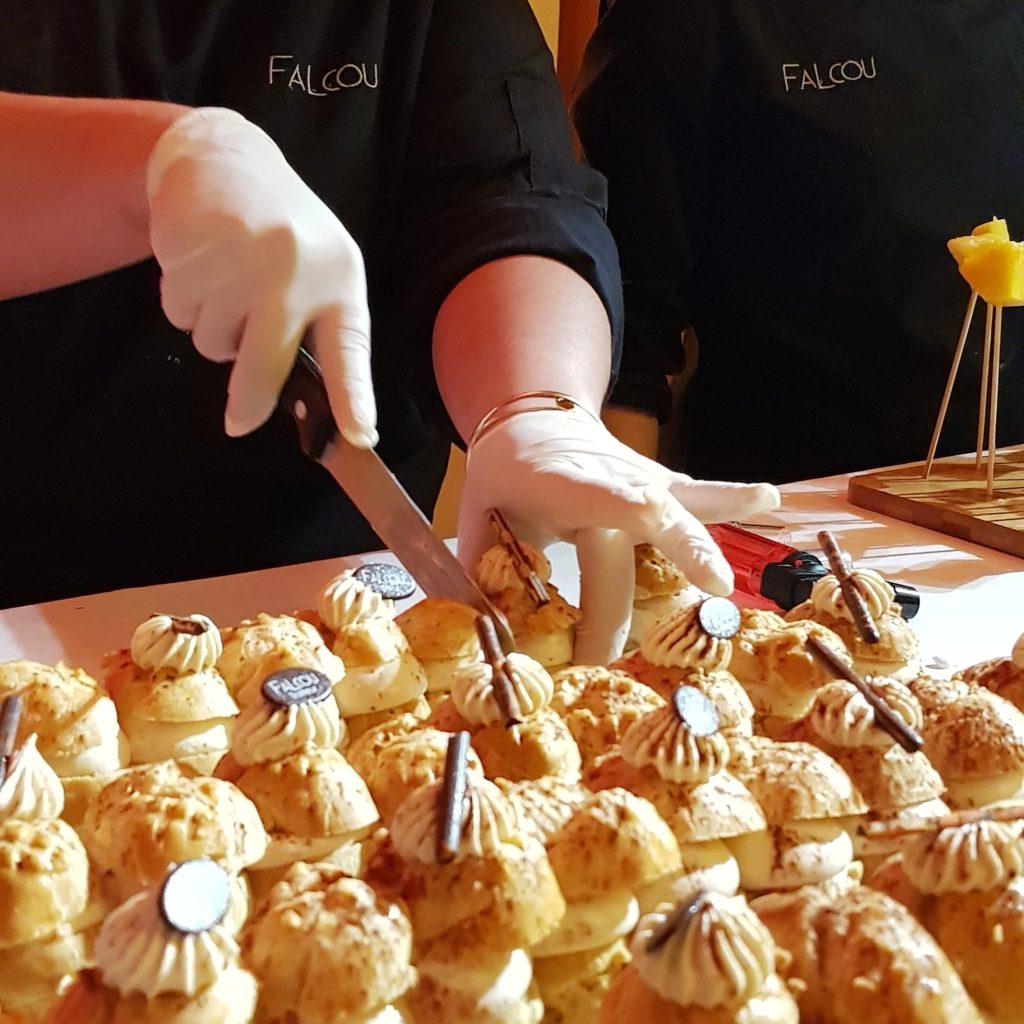 Desserts choux à la crème Falcou Traiteur